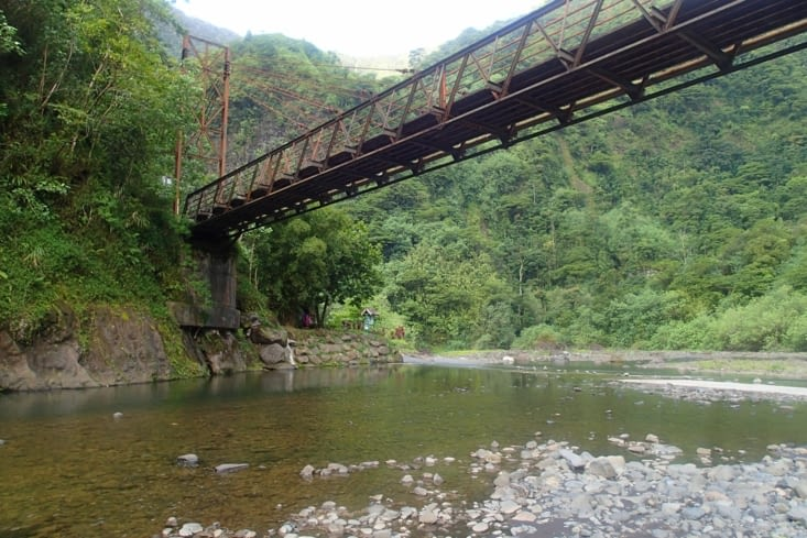Le pont d'où on voulait sauter mais il n'y a pas assez d'eau...
