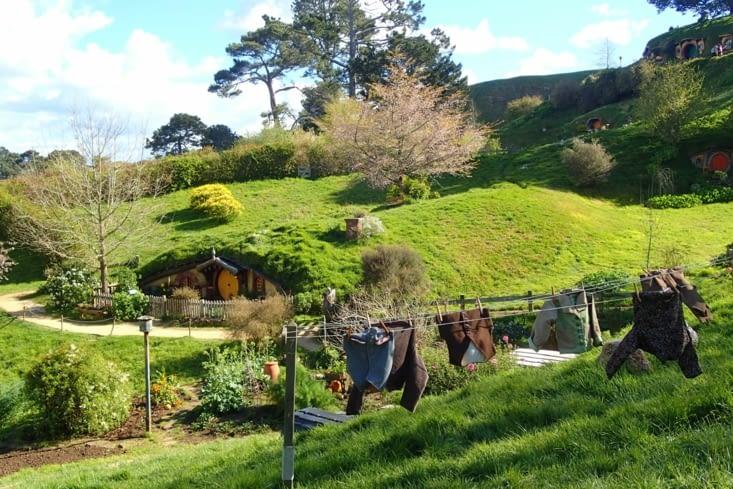 Le village a été créé pour les besoins des trilogies Seigneurs des Anneaux et Hobbit.