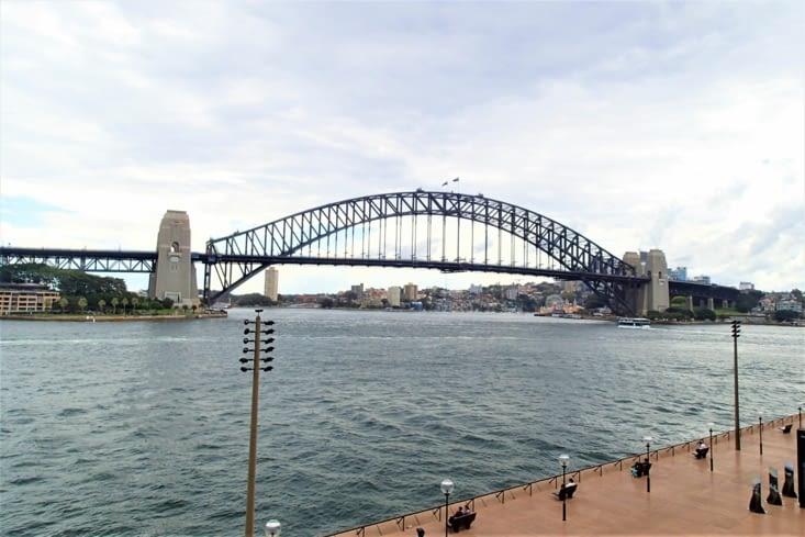 The Harbour Bridge. C'est le pont le plus large du monde avec 50m de large.