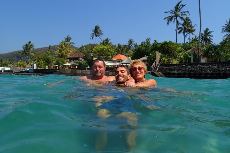 L'eau doit être à 25°C. Mieux que la piscine pour se rafraîchir !