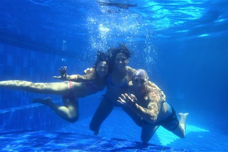 Mais bon on revient vite à notre suuuuper piscine ! On doit se baigner 10x par jour !