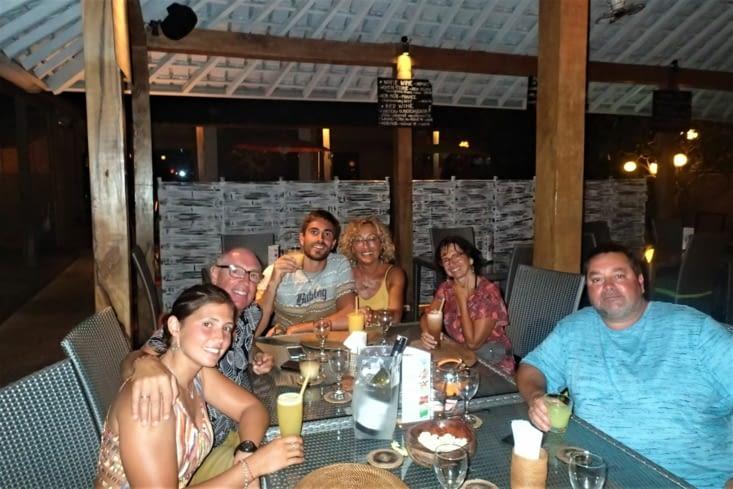 Dernière soirée à Bali tous ensemble. On en aura bien profité ?