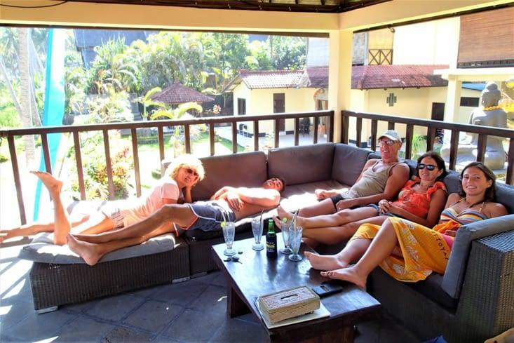 Encore une fois, vous pouvez voir à quel point notre vie est dure à Bali ?