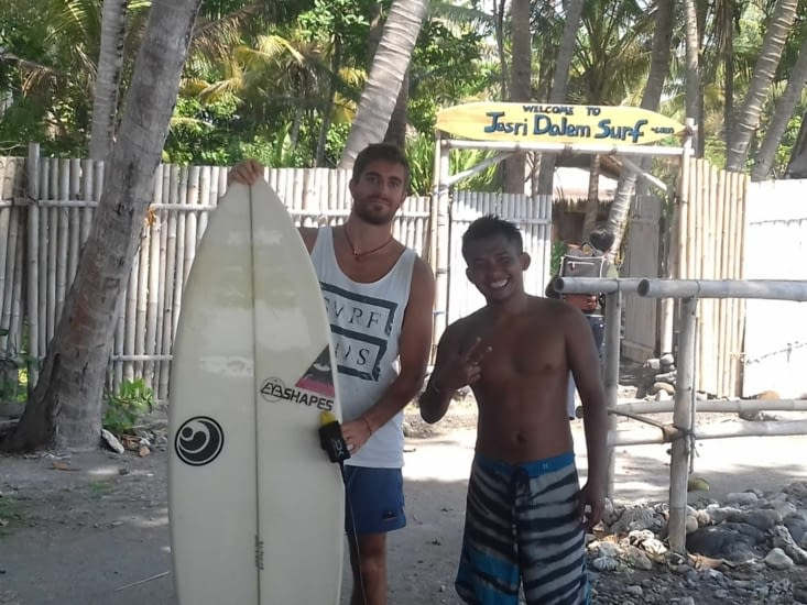L'après midi, enfiiiiiiiiiin une session surf pour Guillaume ?