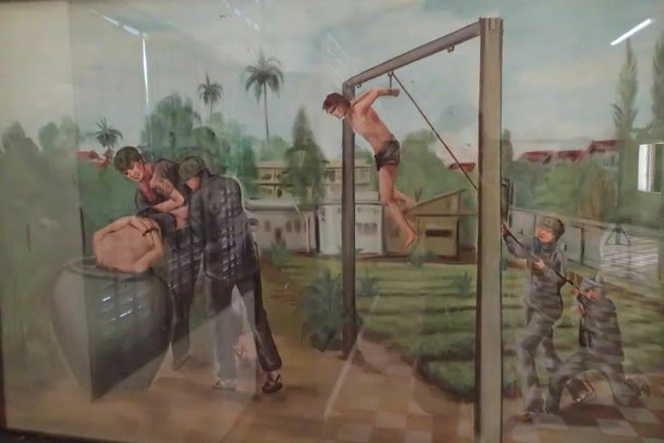 L'un des survivants était peintre. A sa sortie il a peint plusieurs scènes du quotidien.