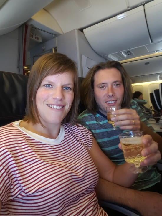 Comme prévu coupe de champagne dans l'avion pour les 50 ans du Jean mi 😉