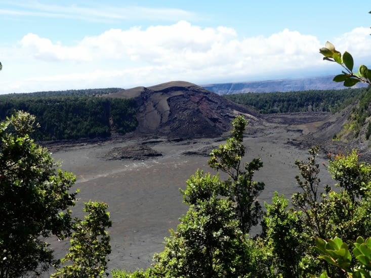 Encore un gros cratère