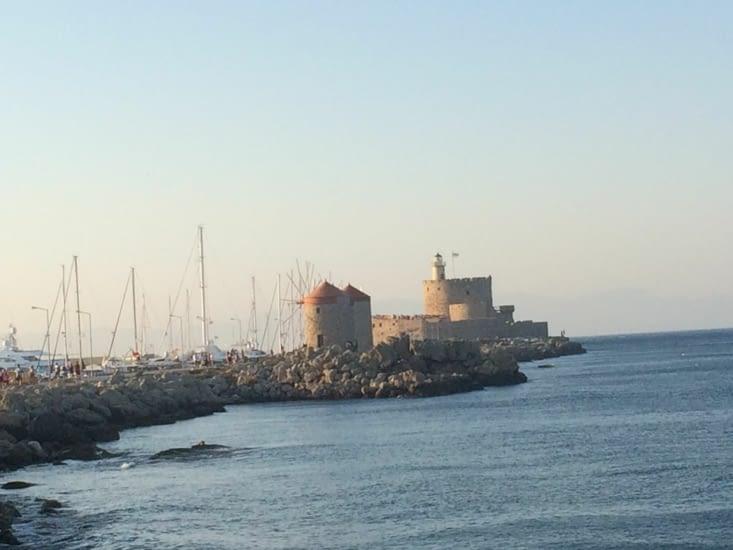 Les moulins sur le port