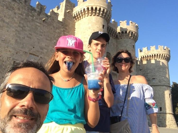 Selfie devant le palais des maîtres