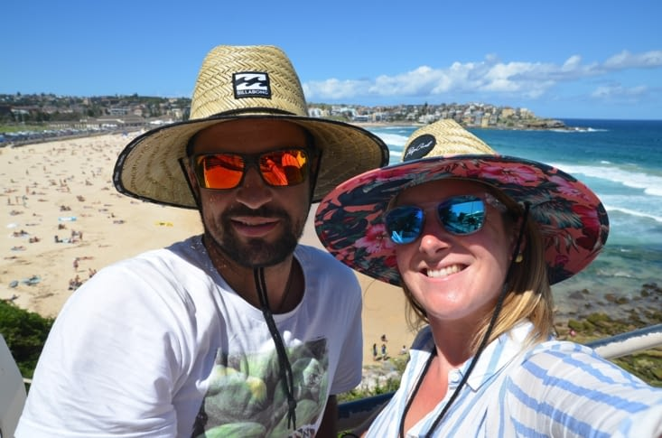 Le chapeau : objet indispensable quand on est sous le trou de la couche d'ozone !!!