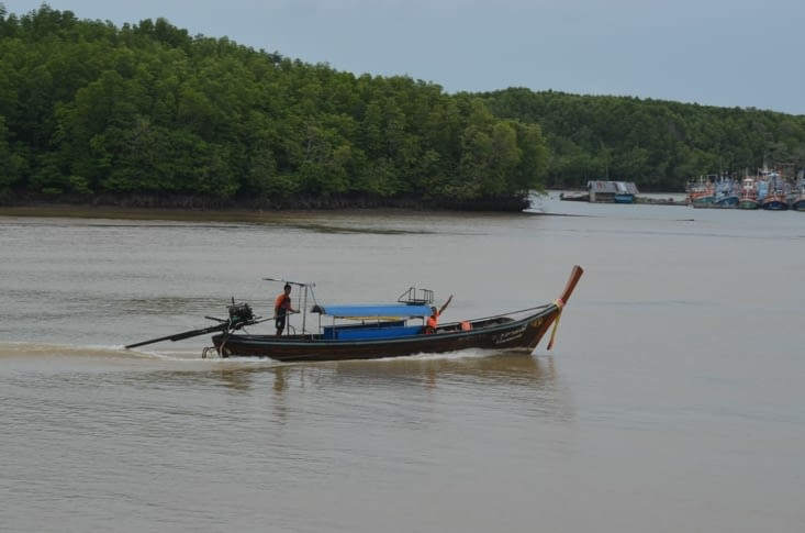 Le fameux long tail boat qui nous a amené la veille à Railay beach