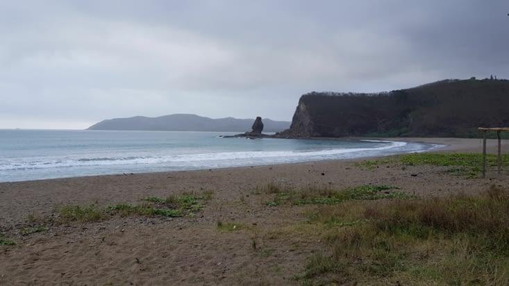 Le rocher appelé Bonhomme, depuis la plage de la roche percée