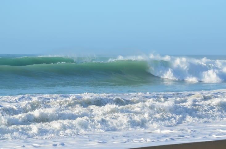 Les belles lignes de vagues