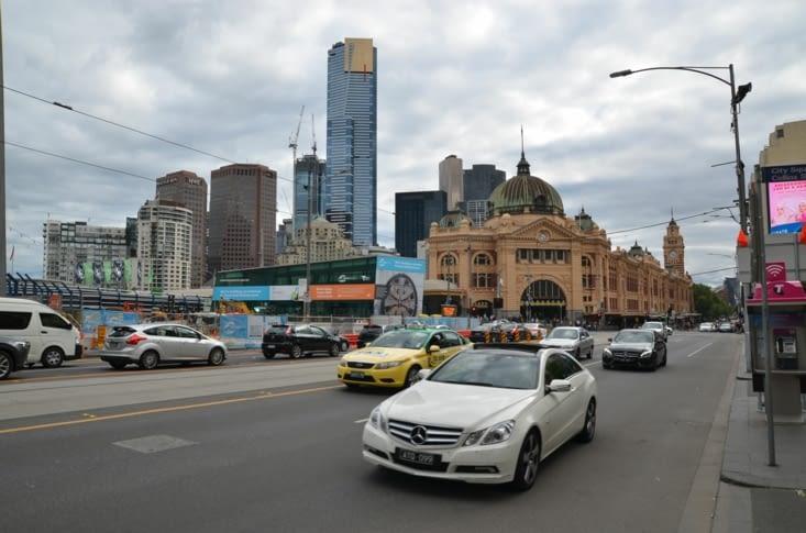 Le CBD de Melbourne avec sa gare et quelques buildings