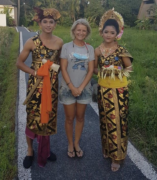 Costume typique de Bali …