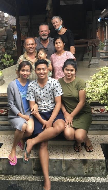 La famille à qui nous louons le terrain