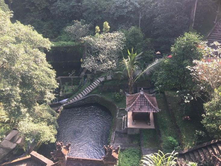 Le temple … de l'eau comme purification