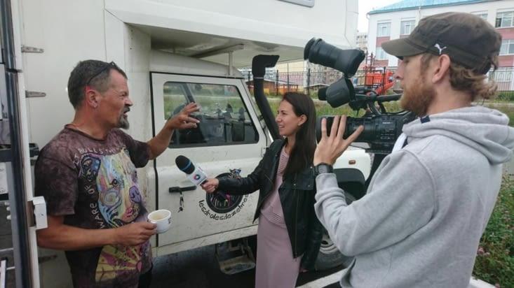 Interview par la télévision locale ! On est des extraterrestres !!