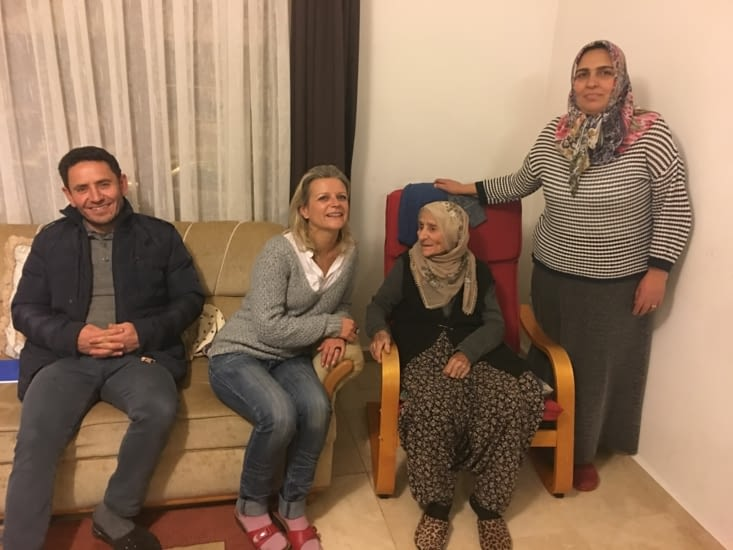 Toute la famille de Vahdi ....