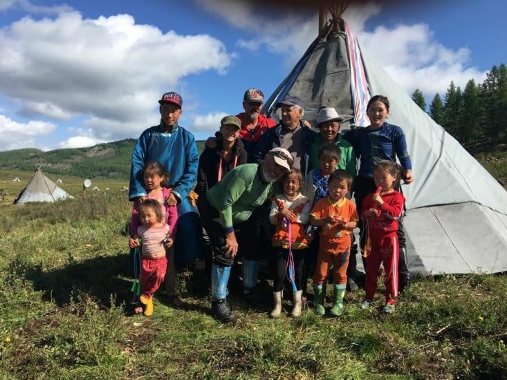 """Toute l'équipe de notre trip vers les Tsaatan (voir """"Mongolie"""")"""
