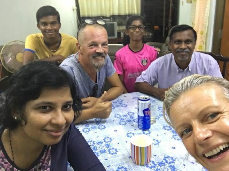 Bruno, Marie, Gregory et Vanessa : famille Indienne de Malaisie (très Catholique)