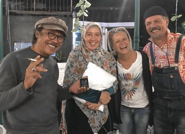 3 semaines extraordinaires dans la famille de Rudy en Indonésie)