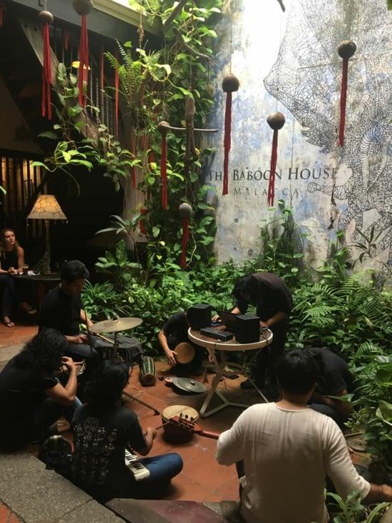 "Le restaurant ""Baboon House"" à Malaka, Malaisie"