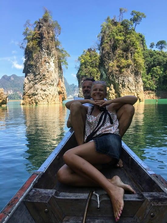 Le lac du parc national de Khao Sok en Thailande