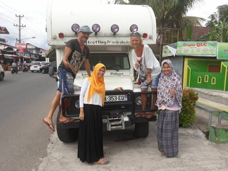 Les Indonésiens... encore plus accueillants qu'en Malaisie ! et c'est peu dire!