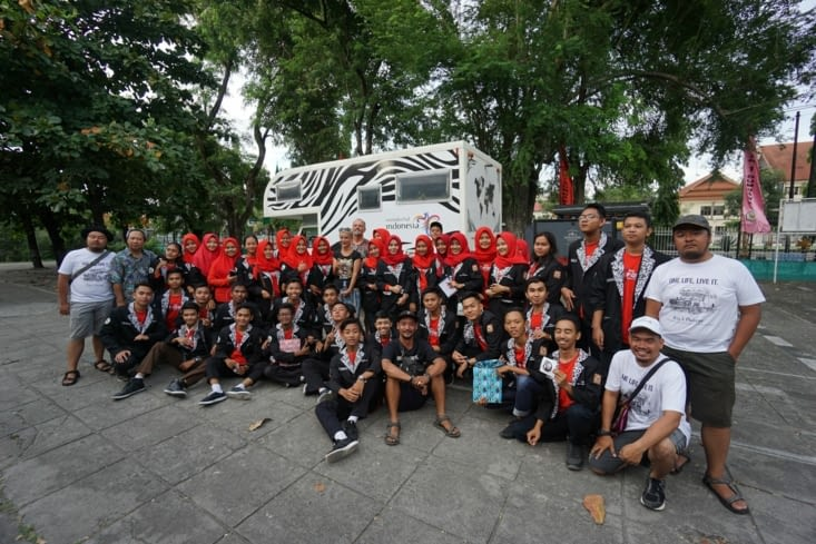 Rencontres dans des écoles en Indonésie