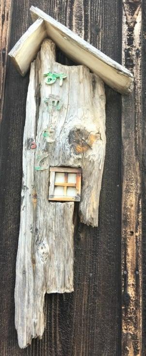 Japon : mignon à l'entree d'une maison