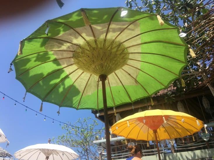 Les parasols Balinais ... jolies en l'occurence