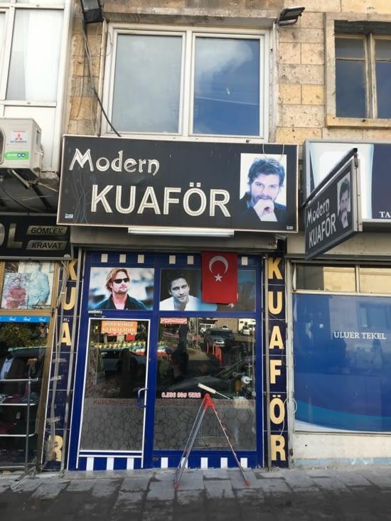 """Turquie : Meme prononciation mais pas La meme écriture !!! Que serait ce s'il n'était pas """"Moderne"""""""
