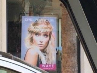 Après avoir écrit un livre à scandale, Eric Zemour a été extradé  à Monaco. Il s'est reconverti en coiffeur pour dames ... Le comble pour un misogyne !!