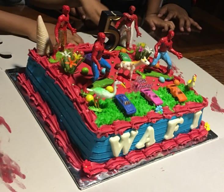 Les gâteaux sont du délire en Indonésie ...
