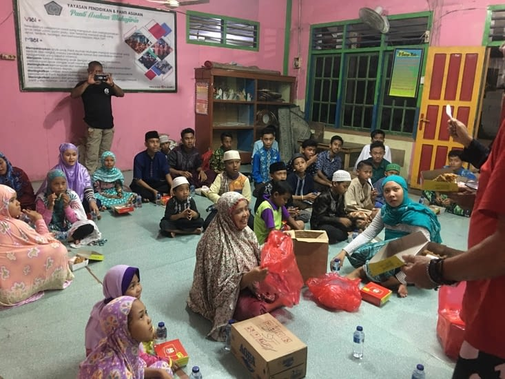 l'orphelinat de Balikpapan à Kalimantan (Indonésie)
