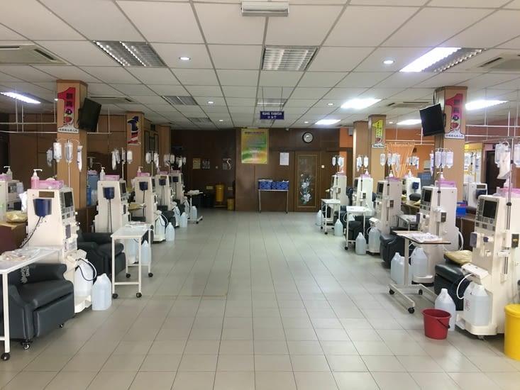 Un centre de dialyses  financé par les donations!