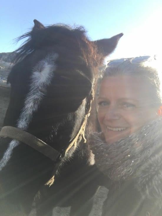 Selfi : Eva et un nouvel ami !