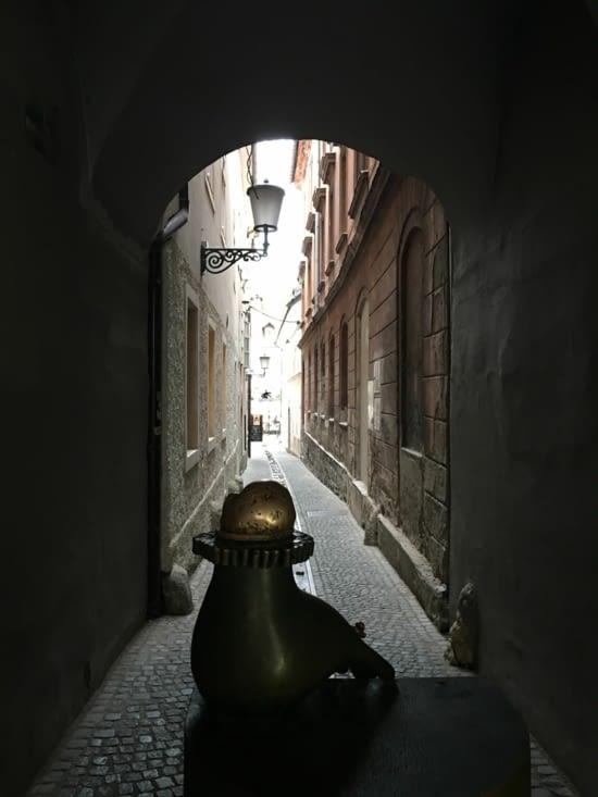 Une ruelle...