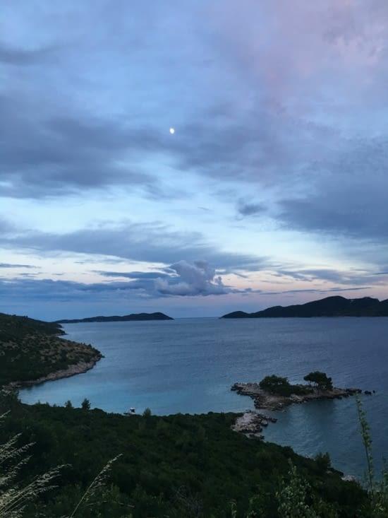 Vue magnifique par la route (superbe ...,) entre Split et Dubrovnik