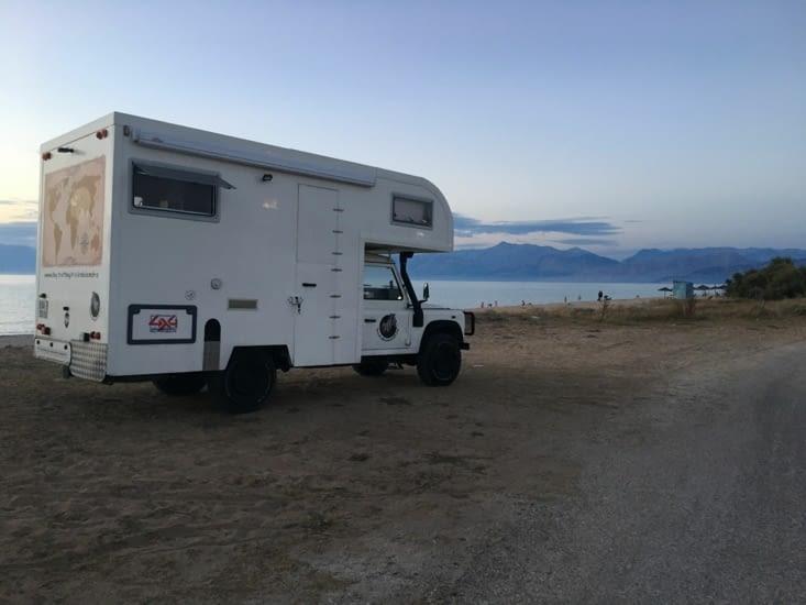 """Notre """"Zebramobile"""" a adoré le sable des plages autant que nous ..."""