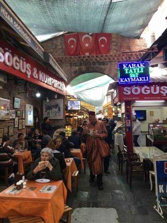 Le souk d'Izmir ...