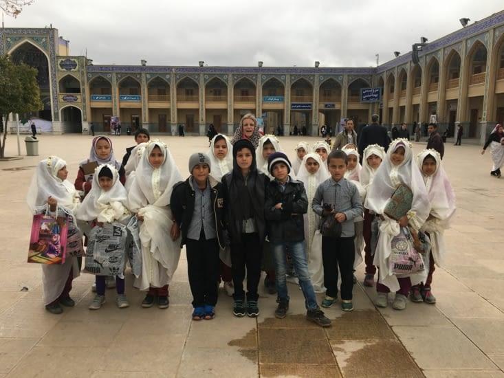 Visite organisée pour une école élémentaire de Shiraz