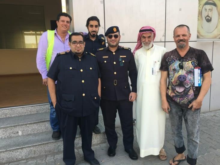 Police du port de Sharjah : aide argent et administratif (Merci à eux)