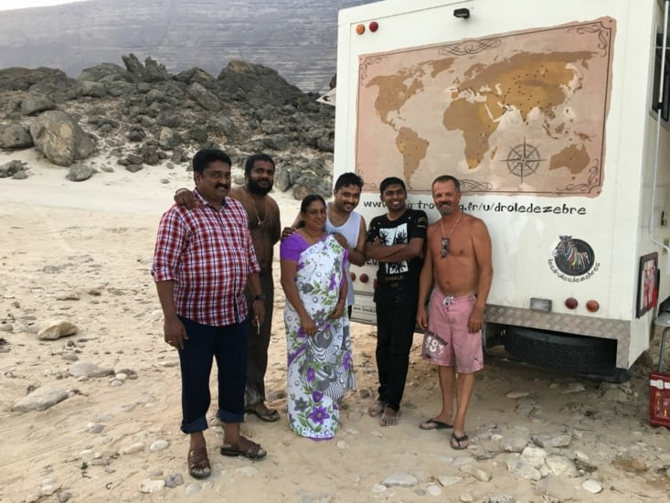 Rencontre d'une famille Indienne ... adorable d'attention envers nous
