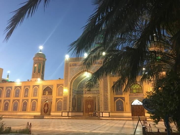 Tabaz : sa mosquée et son jardin ...