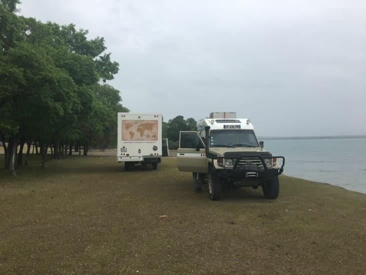 Bivouac au bord du lac (le calme absolu !)