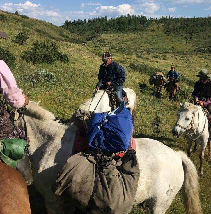"""""""1 km à cheval ça use ... ça use ... 2 Kms à cheval etc etc """""""