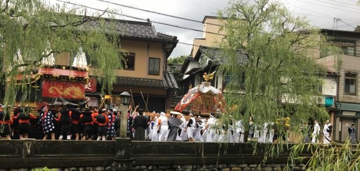 Festival de chars à Maizuru
