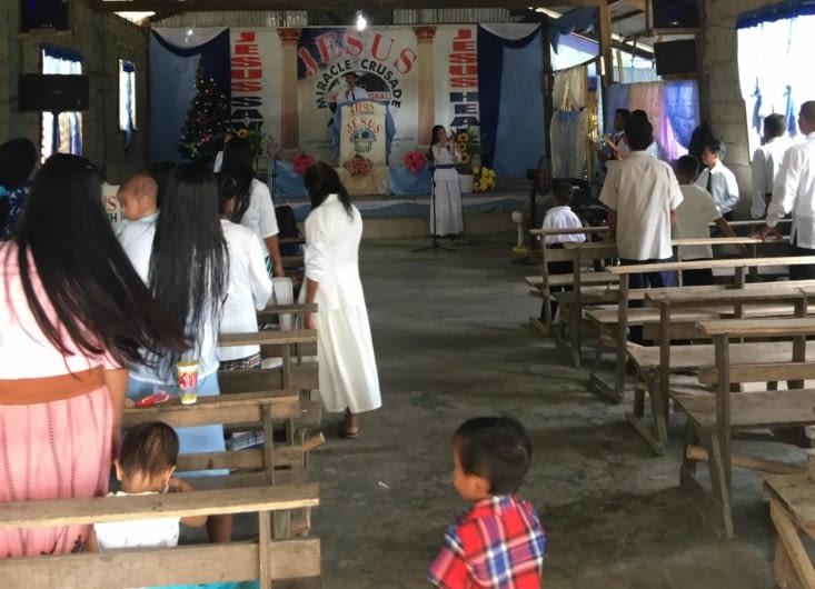 Ambiance : joie, chant, musique etc (on est l'on de nos dimanches dominicaux occidentaux !